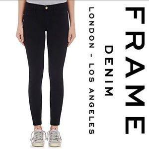 FRAME black Le Skinny de Jeanne